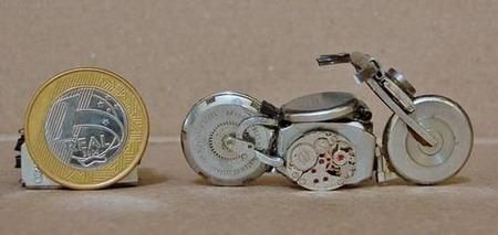 Мотоциклы из часовых механизмов (Фото 10)