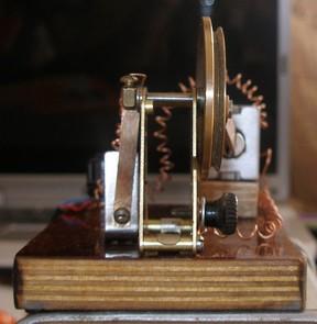 Модель электродвигателя Пейджа (Фото 6)