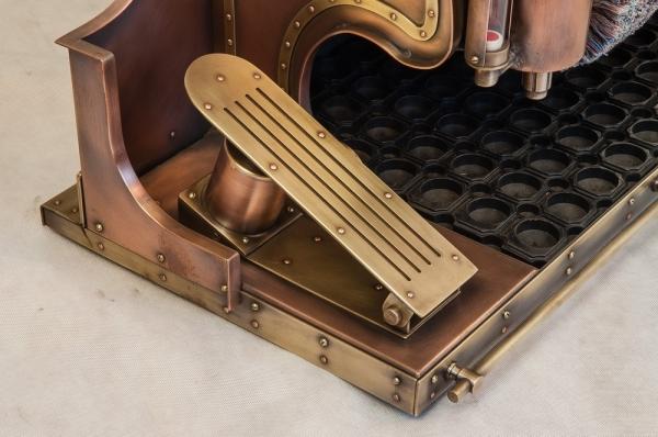 СтимПанк машина для чистки обуви.