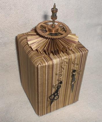 Время независимости, или оформление подарка часовых дел мастеру