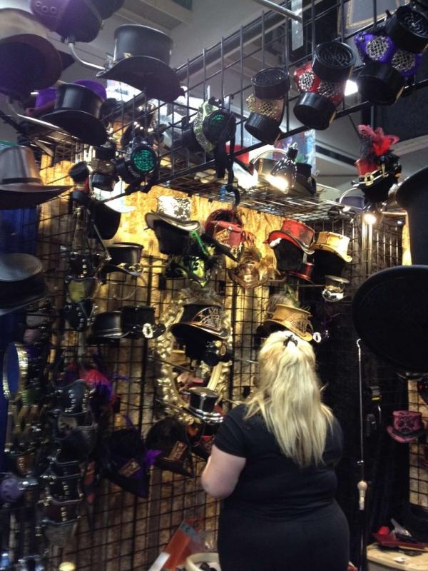 Фотографии стим-прилавков ComicCon`а 2012 (Фото 6)