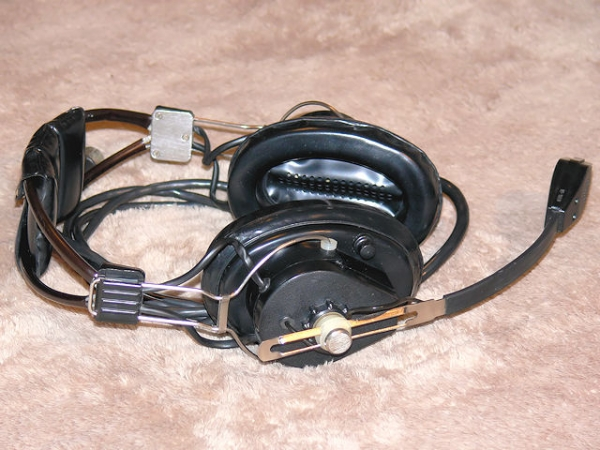Steampunk Headset v. 4.0 или новая жизнь авиагарнитуры (Фото 2)