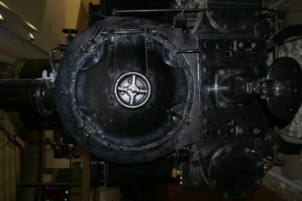Печатные машинки, арифмометры, трамваи и паровозы. Музей техники в Будапеште и просто в городе. (Фото 20)