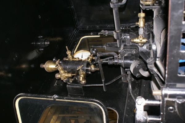 Печатные машинки, арифмометры, трамваи и паровозы. Музей техники в Будапеште и просто в городе. (Фото 19)