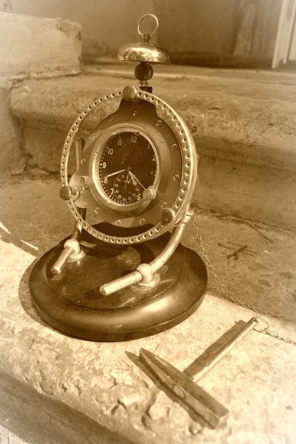 Часы , настольные, катастрофоустойчивые (Фото 4)