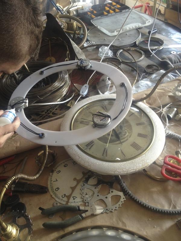 Люстра-часы (Фото 8)