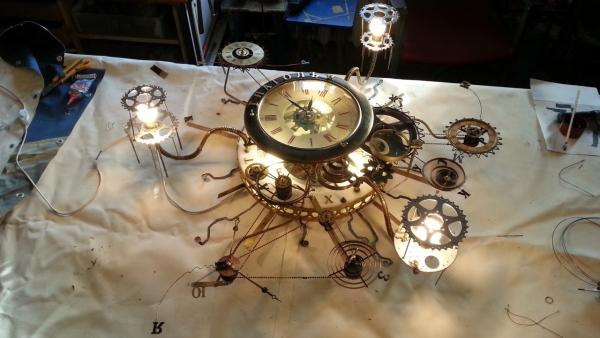 Люстра-часы (Фото 12)