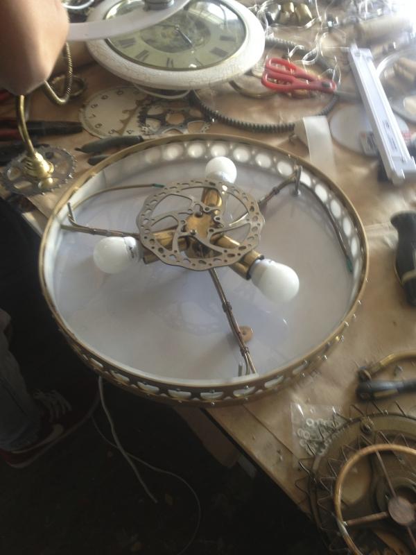 Люстра-часы (Фото 6)