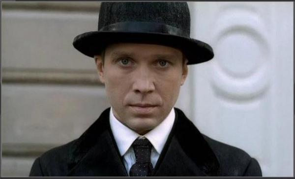Нас всех скоро ожидают новые встречи с Холмсом! (Фото 5)