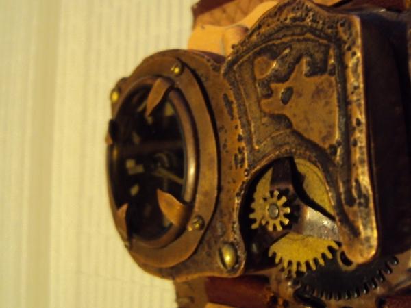 Часы палемени майя. (Фото 3)