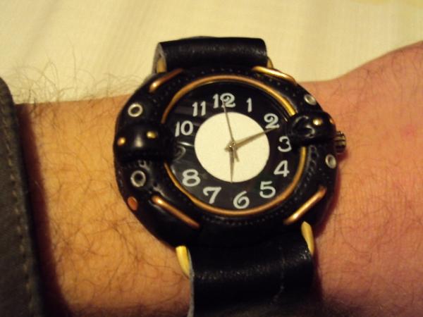 Первые часы из глины.