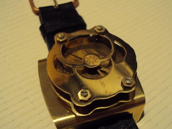 Часы манометр .