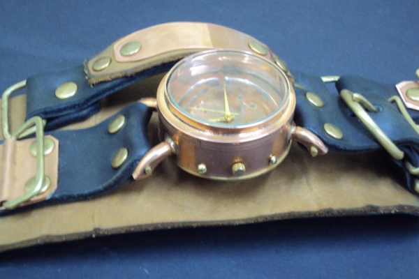 Часы Монолит (Фото 3)