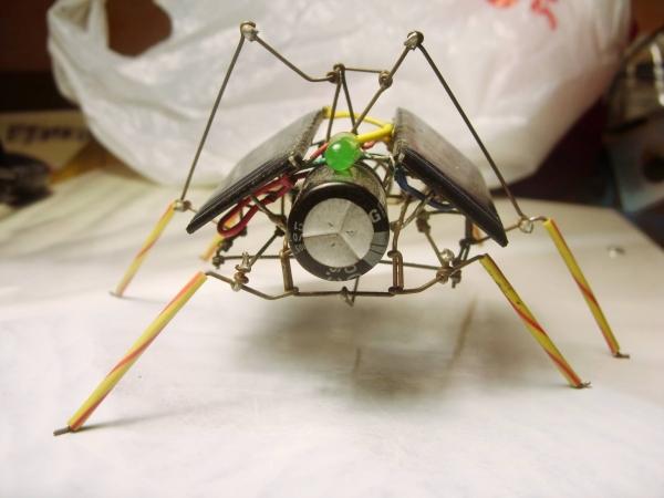 паучки из проволочек. Ну не совсем паучки.. ну не только из проволочек )) (Фото 11)