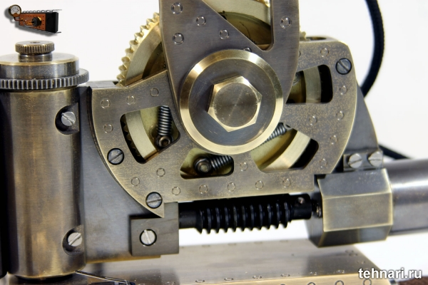 Механический подаватель световой энергии Светоносец