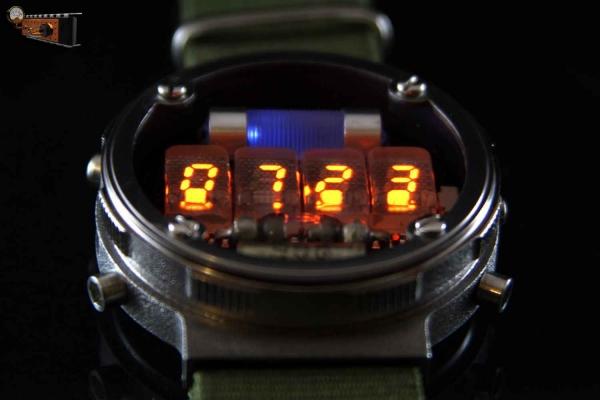 Наручные часы Metro: Last Light. Обновлённая версия