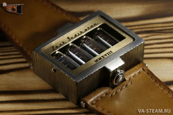 Наручные часы на вакуумно-люминесцентных индикаторах «Last Indikator»