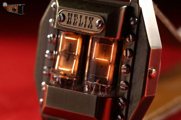 Наручные часы на накальных индикаторах Helix