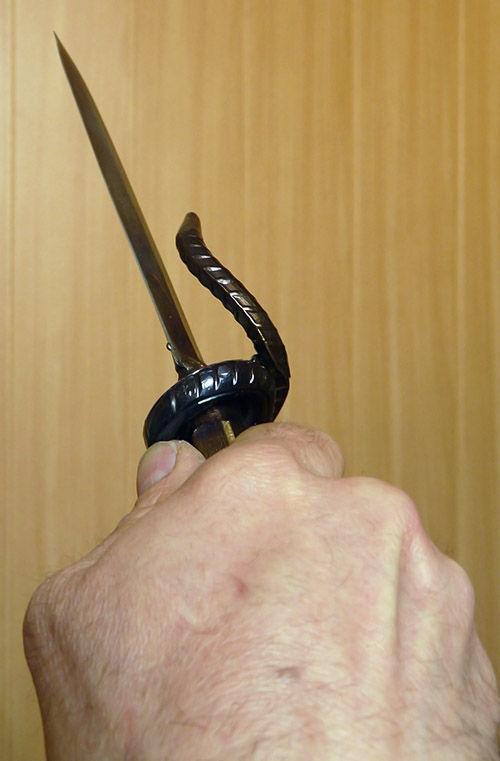 Рукоять трости с кинжалом (Фото 7)