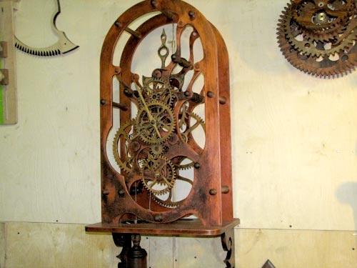 часы настенные ручной работы деревянные творческая группа wood-mechanics