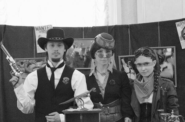 Стенд Steampunk на конвенте Эврикон 2013 - официальный отчет (Фото 18)