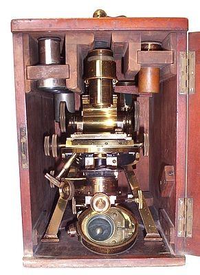 Старинные микроскопы. (Фото 14)