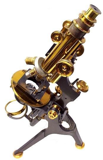 Старинные микроскопы. (Фото 6)