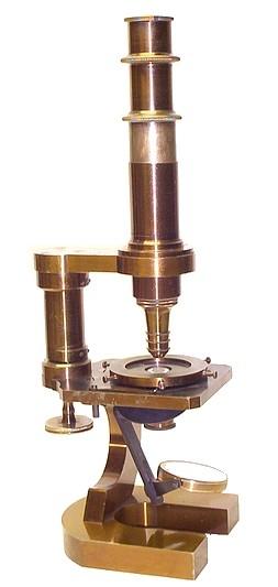 Старинные микроскопы. (Фото 35)