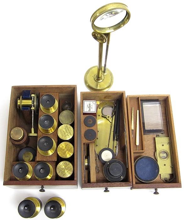 Старинные микроскопы. (Фото 26)
