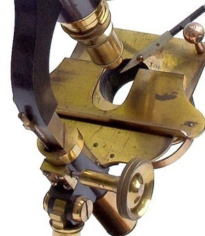 Старинные микроскопы. (Фото 2)
