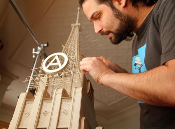 Daniel Agdag - поэзия бумаги, скульптура из картона. Или кто сказал, что замки должны быть воздушными?
