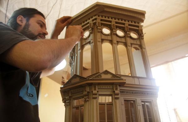 Daniel Agdag - поэзия бумаги, скульптура из картона. Или кто сказал, что замки должны быть воздушными? (Фото 4)