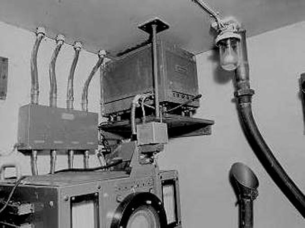 """Переговорные трубы - """"непотопляемый телефон"""". (Фото 47)"""