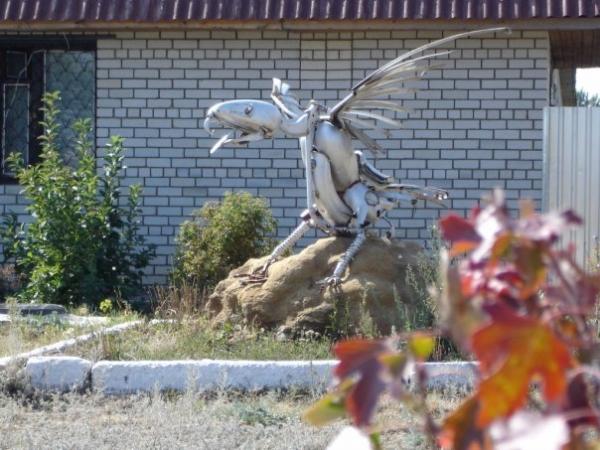 Статуи из металлома-ЗАТО Светлый (Фото 6)