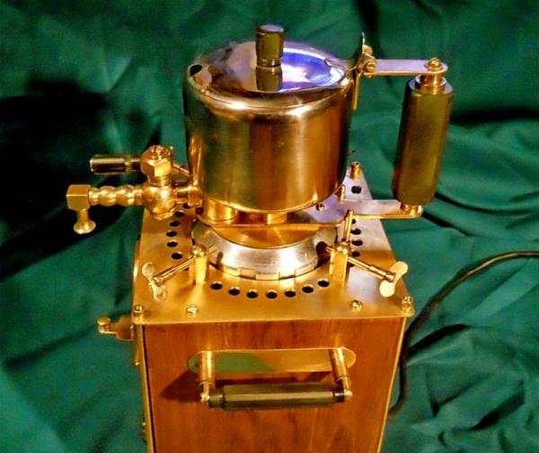 Стимпанк-кофеварка электрическая гейзерная Эгоист
