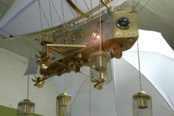 Дирижабль. Ловец солнечных зайчиков. (Фото 4)