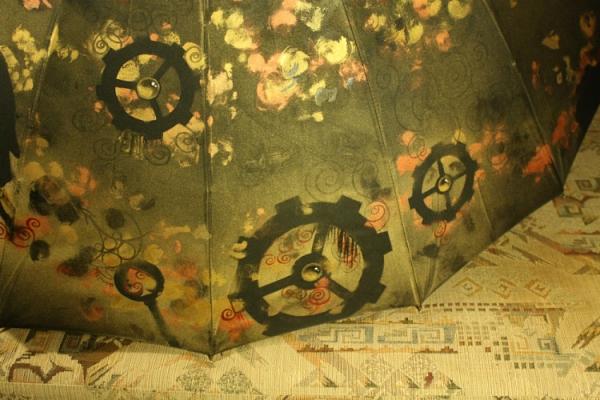 Продолжая тему росписи на зонтах в стиле стимпанк... (Фото 37)