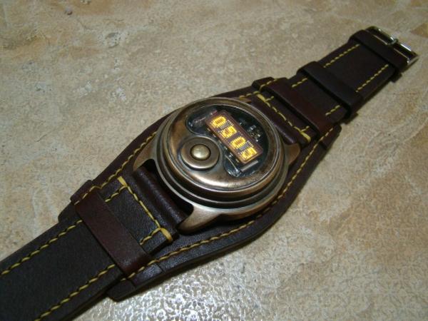 Наручные часы на светодиодной матрице