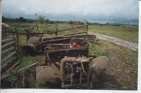 Старая техника паровозы,машины,мотоциклы