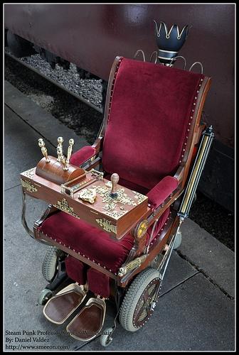 Кресло и шкаф (Фото 8)