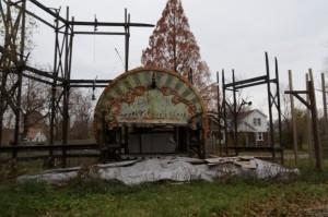 О театре Биззар и умирающем городе Детройте и о рукотворном параллельном мире на один день... (Фото 10)