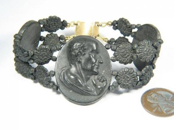 Запоминающиеся ювелирные изделия Викторианской эпохи (Фото 10)