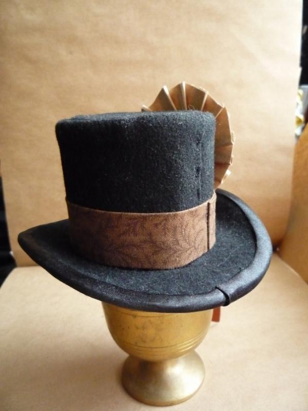 Цилиндр-шляпка Госпожи  Мариоланы (Фото 6)