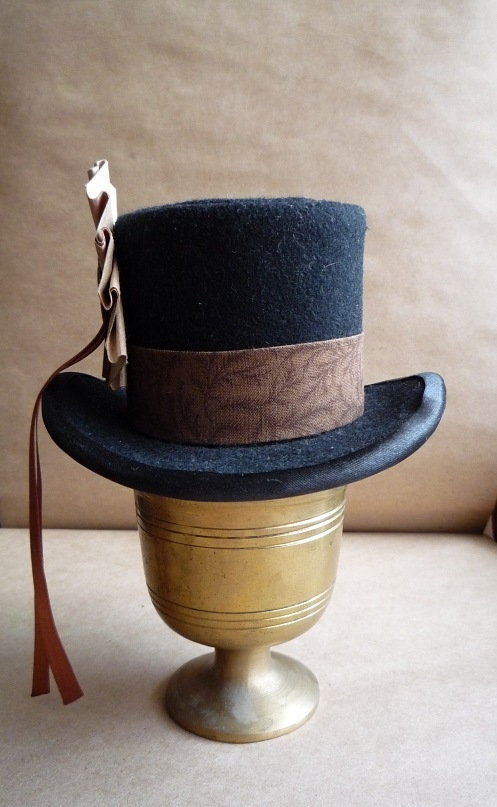 Цилиндр-шляпка Госпожи  Мариоланы (Фото 2)