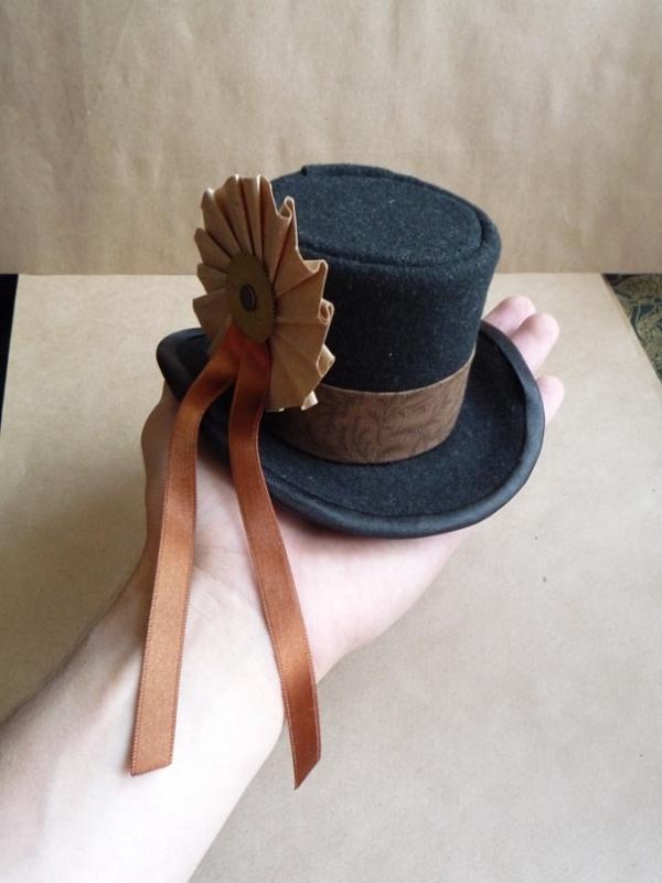 Цилиндр-шляпка Госпожи  Мариоланы (Фото 3)