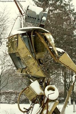 Робот Квазар отгоняет багов. (Фото 6)