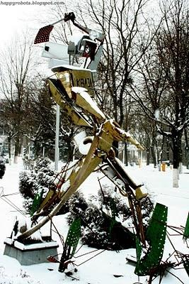 Робот Квазар отгоняет багов. (Фото 8)