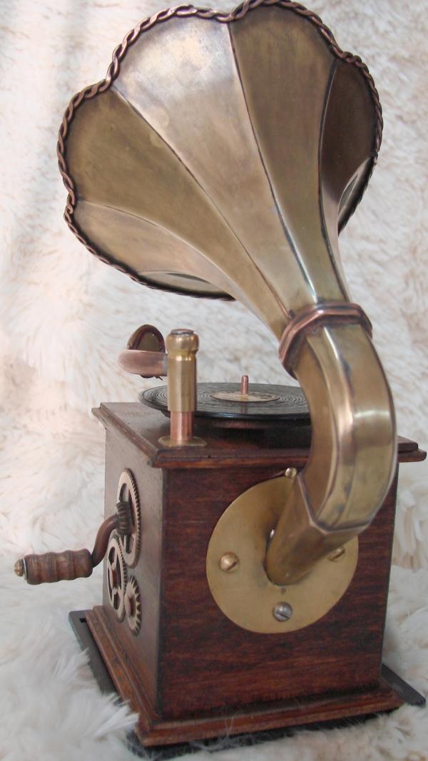 Граммофончик+MP3 Плеер номер два (Фото 9)