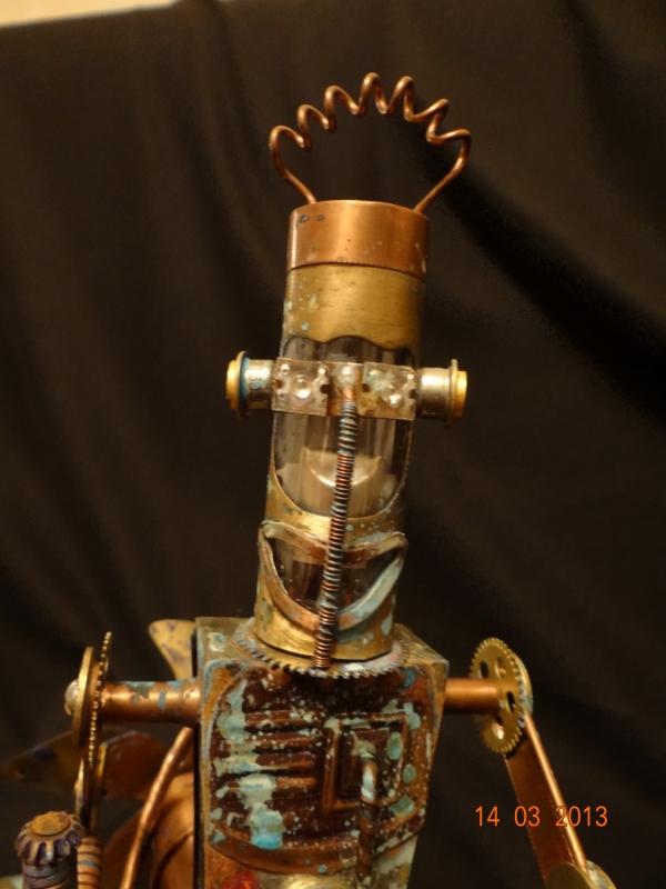 Кузьма на окраине города роботов в сторожевом дозоре (Фото 21)