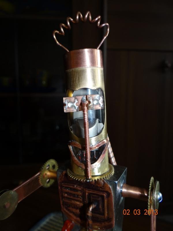 Кузьма на окраине города роботов в сторожевом дозоре (Фото 15)
